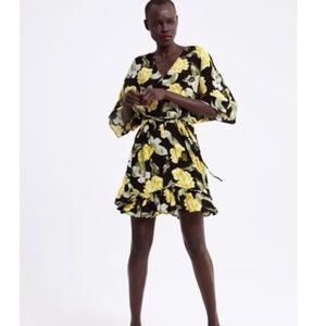 ZARA Tropical Floral Print Kimono Ruffle Hem Dress